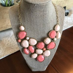 Gold and pink accent necklace
